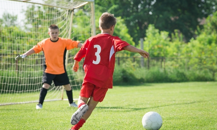 Help your young athletes set, pursue and achieve their goals