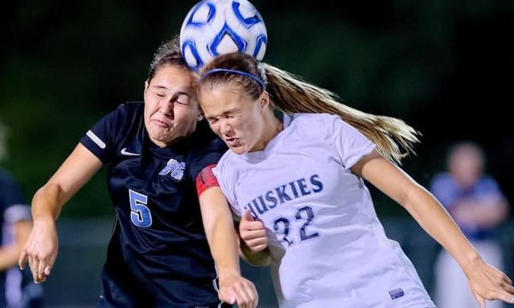 Study: concussion symptoms linger twice as long for adolescent girls