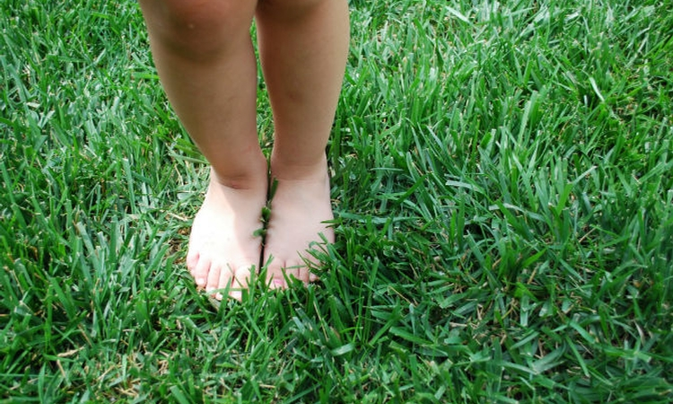Study: Footwear habits influence adolescent motor skill development