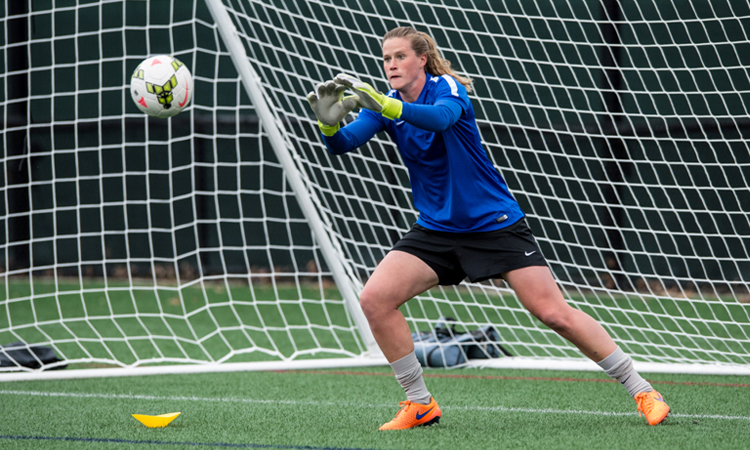 U.S. World Cup goalie thankful for positive coaches during her youth