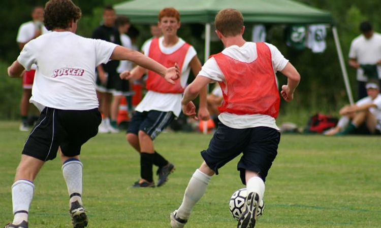 Young athletes' ACL injury risk increases with fatigue, research shows
