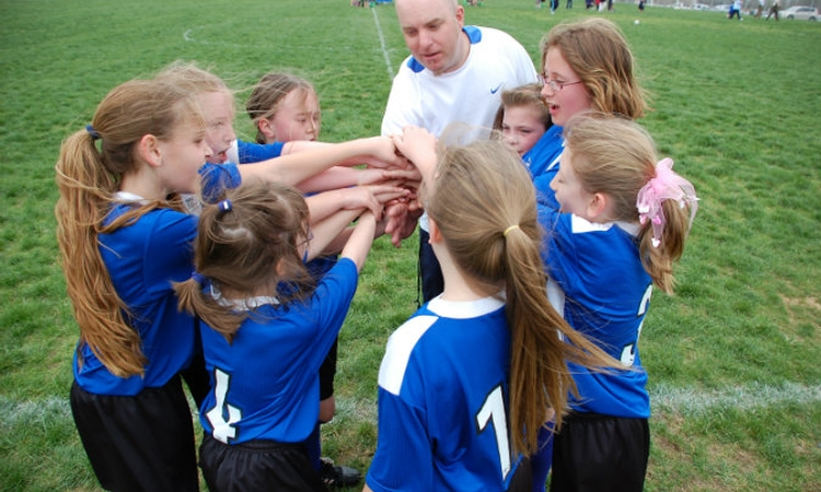 Playing soccer a confidence booster for girls, study says